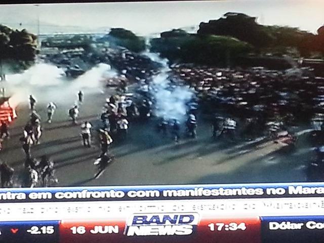 Manifestação Violencida da Policia ~5