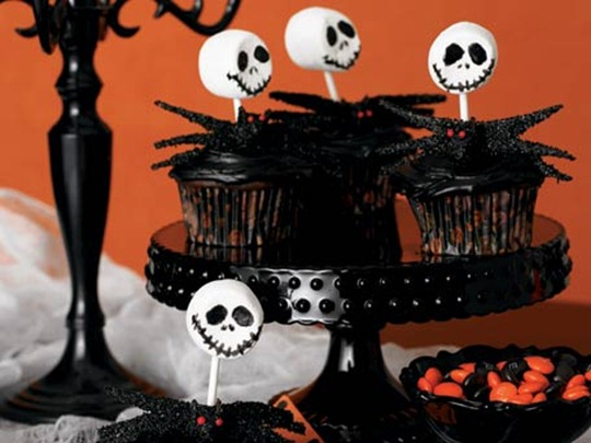 skeleton-cupcakes_456X342[1]