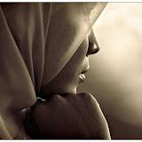 Il y a 21 ans, une lycéenne assassinée pour avoir refusé de porter le hijab !