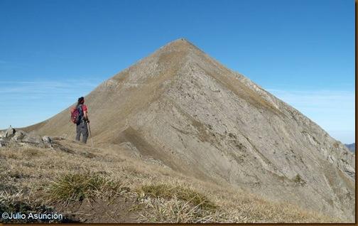 El Ori - primer dosmil del Pirineo Navarro