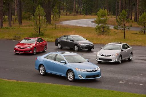 Toyota-Camry-2012-1.jpg