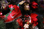 nike lebron 9 gr christmas 4 01 kickz Throwback Thursday: Look Back at LBJs 2011 Christmas Shoes