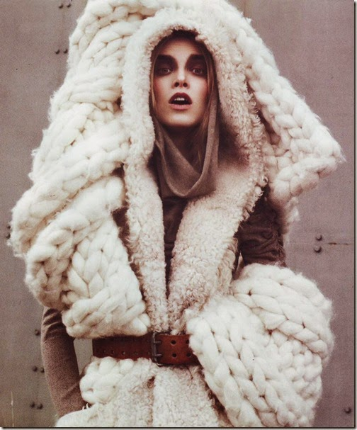 Chunky-wool-knit-sweater-winter-white-fashion-isnpiration-epcutler-operation-look-like-this-all-winter