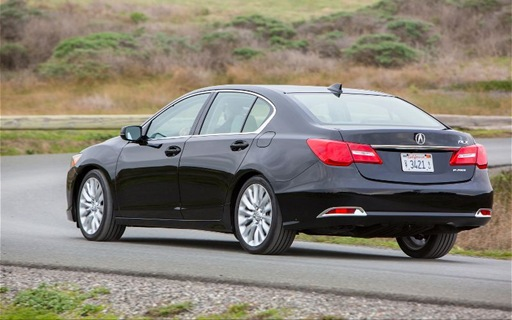 2014-Acura-RLX-rear-three-quarter-2