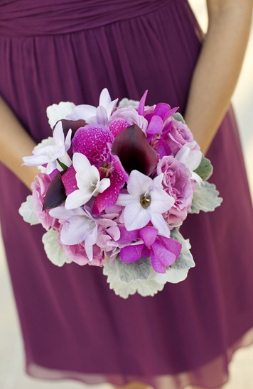 bridesmaids bouq bella flora
