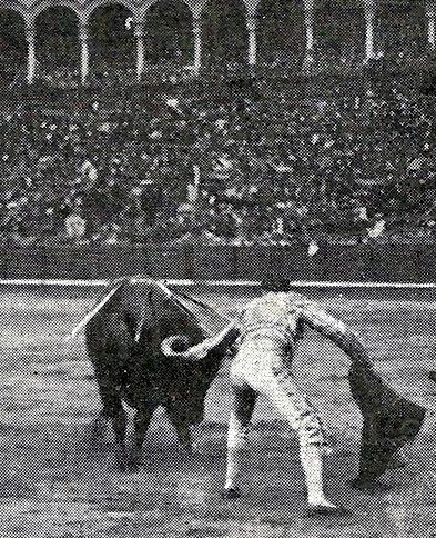 1914-04-21 Sevilla (p. ArtTau) Belmonte en el sexto