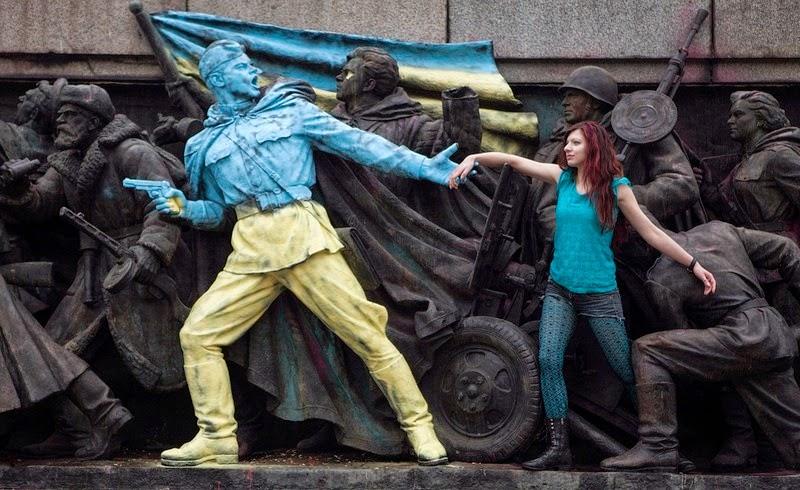 monument-soviet-army-sofia-5