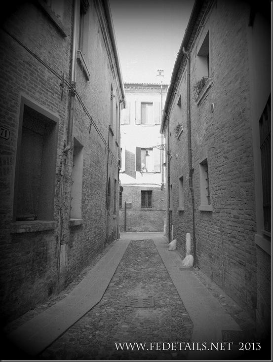Vie antiche di Ferrara- Via della Vittoria,foto3,Ferrara,EmiliaRomagna,Italia - Ancient streets of Ferrara-Via della Vittoria, photo3, Ferrara, EmiliaRomagna, Italy - Property and Copyrights of FEdetails.net