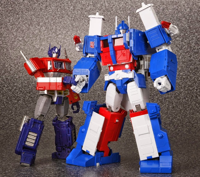 ChachiPower: MP-22 Ultra Magnus Official Transformers