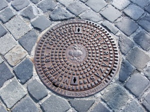 Manhole 001