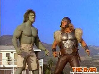 Hulk y Thor en la serie protagonizada por Lou Ferrigno
