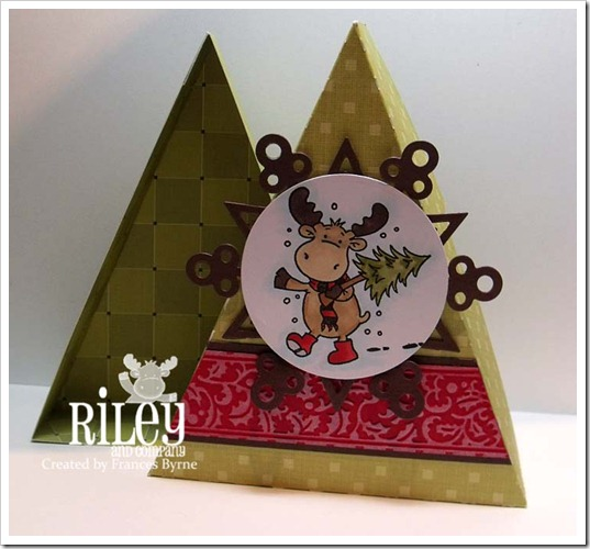 Riley2512 ChristmasTreeBox3 wm
