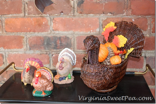 Turkeys on the Porch2