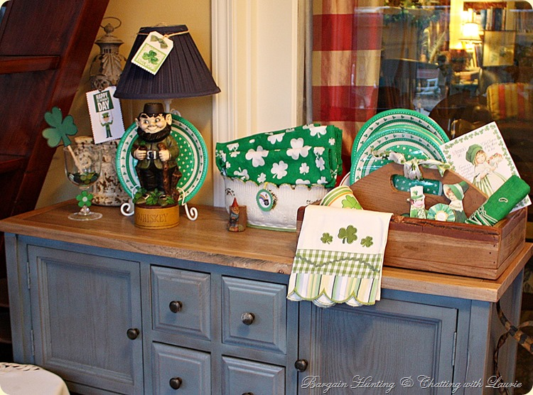Bargain Decorating With Laurie St Patrick S D Cor In The Sunroom