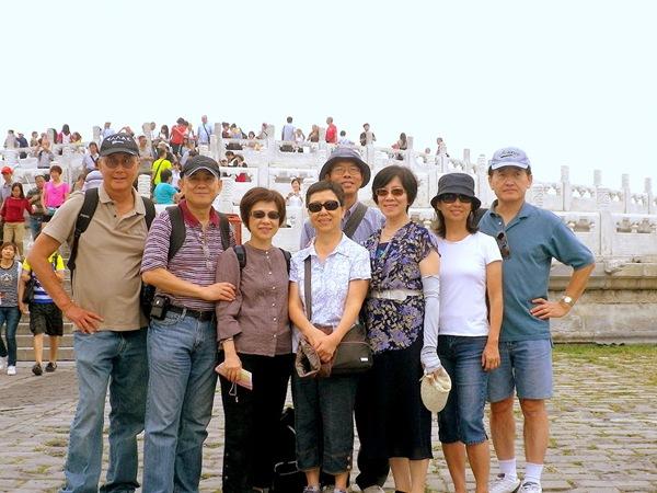 2012-9-7北小六丁同學會北京天壇合照