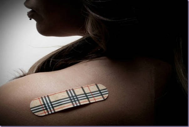 Band-aid-Estampa-Burberry