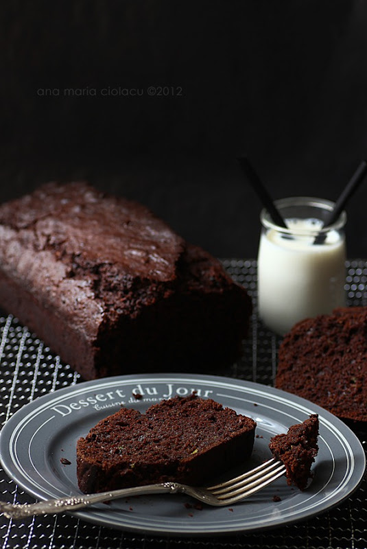 Chocolate zucchini bread 4