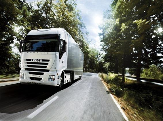 Camión de larga distancia Iveco Ecostralis