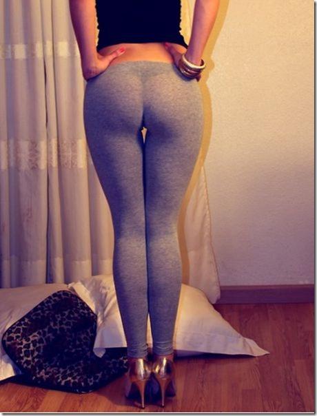 yoga-pants-pics-19