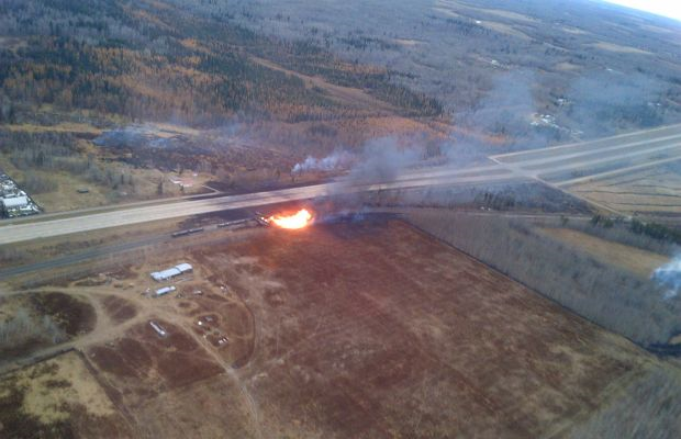 Aerial view of Gainford oil train derailment on fire near Edmonton, Alberta, 18 October 2013. Photo: Parkland County
