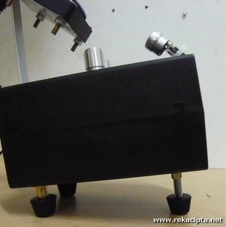 Rekacipta.net - Projektor Laser 16