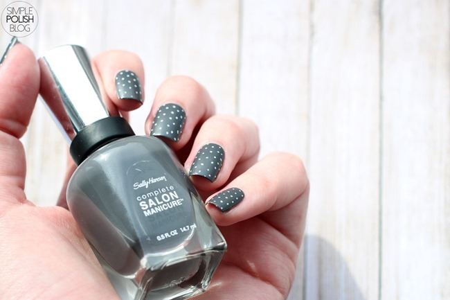 Grey-matte-polka-dot-nails-4