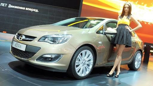 http://lh6.ggpht.com/-IcAdu8yF-QI/UEC5_ubr99I/AAAAAAAAhoU/CWdOj8N5HPQ/2013-Opel-Astra-Sedan-Moscow-Live-01.jpg