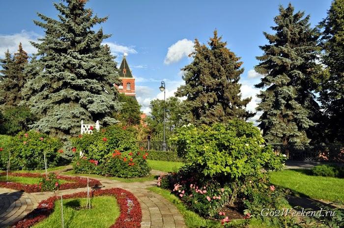Moskow_kreml_sobornaya_ploshad_21.jpg