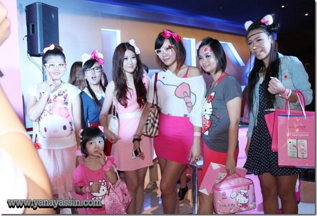 Samsung Galaxy Y Hello Kitty  286