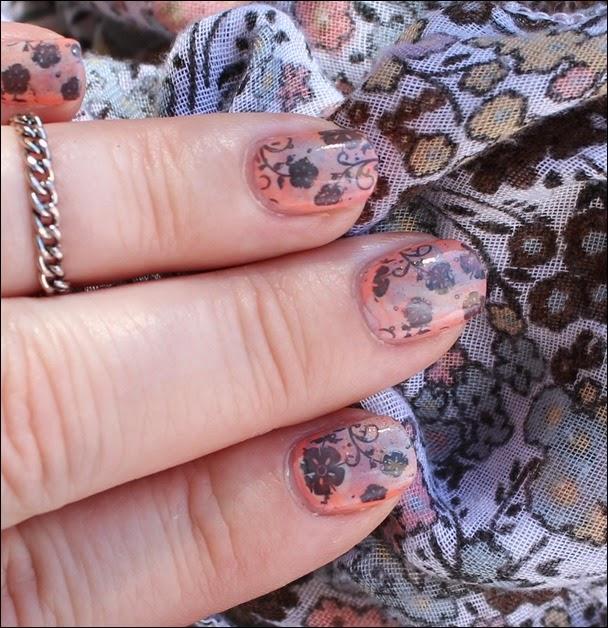 Nageldesign Nail Art Fabrics Frühlingsschal Apricot Flowers 01