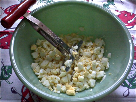 Potato Salad_red handle chopper 3