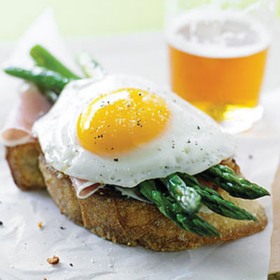 Parmesan Toasts with Asparagus, Prosciutto, and Eggs