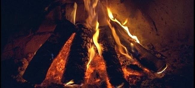 Τι καίμε και τι δεν καίμε στο τζάκι