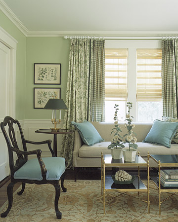 Here are some of my favorite rooms decorated with emerald and turquoise. The subtlety of this one is still statement-making. (www.marthastewart.com)