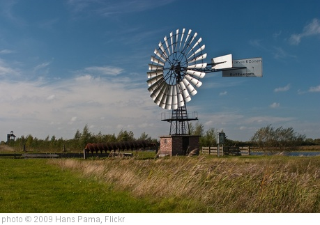 'Windmill' photo (c) 2009, Hans Pama - license: http://creativecommons.org/licenses/by/2.0/