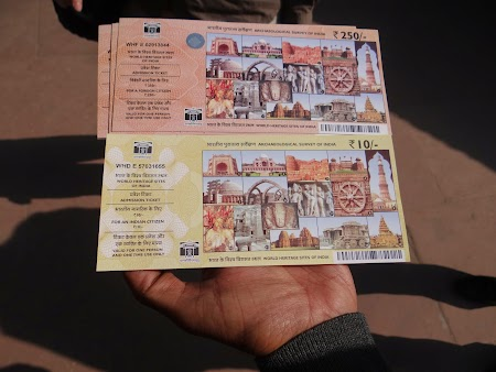 03. Bilete straini, bilete localnici.JPG