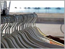Cabides com roupa: peças são capazes de medir o pulso de quem as usa, assim como medir outras constantes vitais
