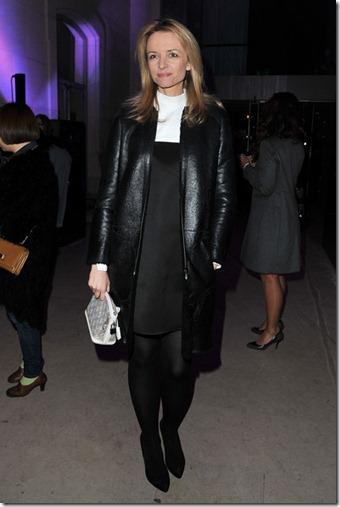 Delphine Arnault Louis Vuitton Marc Jacobs zKQiWPyesLQl