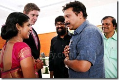 cameraman venu  editor beena paul dughter Malavika wedding photo2