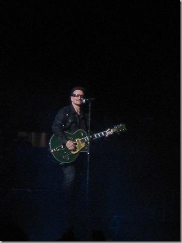 U2 183