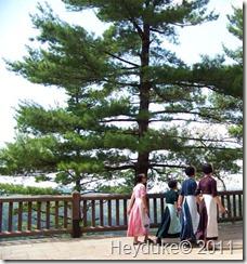 2011-08-08 Pennsylvania Grand Canyon amish girls 4