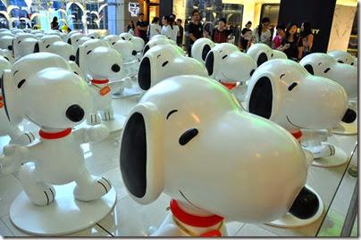 Snoopy Shanghai IAPM 03 (via Chinadaily)