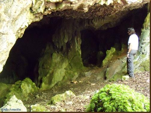 Cueva de Lezestali