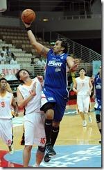 菲律賓隊-5號陶拉瓦(持球)