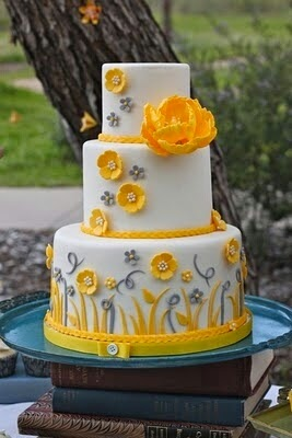 Sweet Mischief Ja Cake Ideas: Coral, yellow and grey wedding cakes