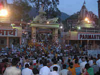 Ganga Aarti Ceremony, Parmath Ashram - Rishikesh, Uttarakhand
