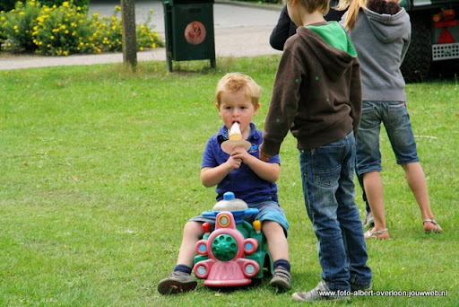 buurtvereniging de pritter kindermarkt 03-07-2011 (26).JPG