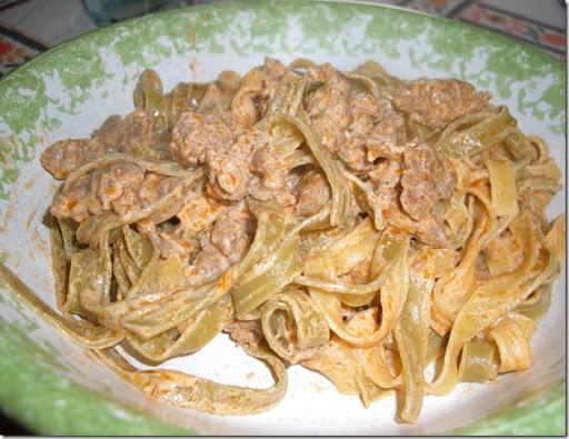 Ricetta pasta con panna e ragu