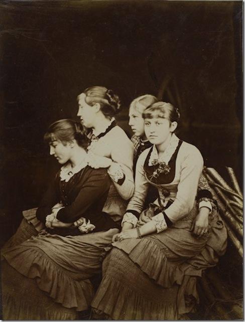 Félix Thiollier (1842-1914) - Portrait de quatre soeurs 1875-1880 Collection Julien Lafferrière