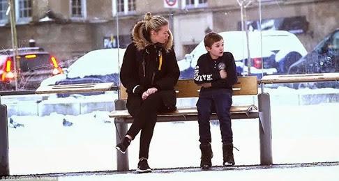 Qué harías si ves a un niño pasando frío en la calle